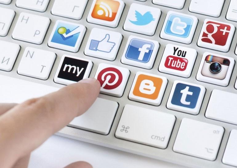 В России предлагают запретить социальные сети на рабочем месте