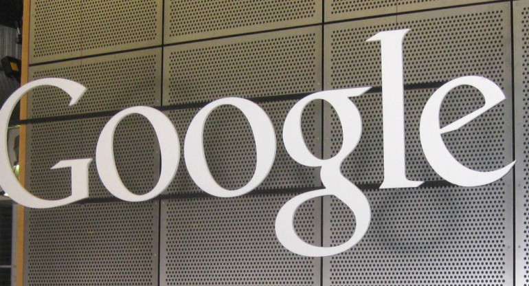 Google-sign-Vince-Smith-Flickr-930x471