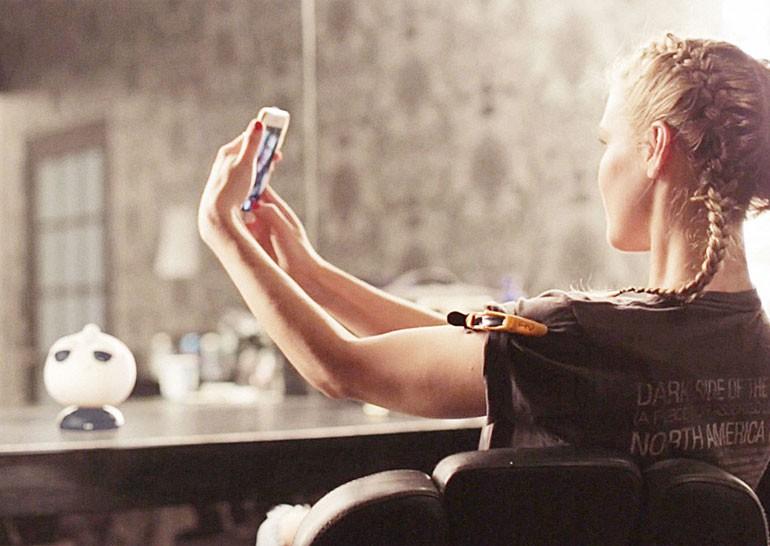 «Социальное эго»: как могло бы выглядеть присутствие в соцсетях, воплощённое в физическую форму