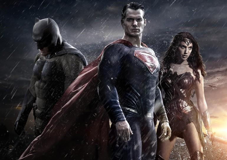 «Бэтмен против Супермена: На заре справедливости» показывает хорошие кассовые сборы, несмотря на плохие отзывы критиков