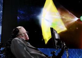 Стивен Хокинг и Юрий Мильнер отправят тысячи наноспутников к Альфа Центавра для поиска жизни в рамках программы Breakthrough Starshot