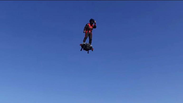 zapata-flyboard-air-flying-platform-11