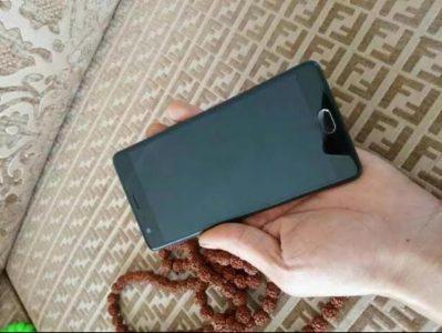 Новые фотографии OnePlus 3 демонстрируют лицевую и нижнюю части смартфона