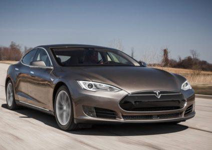 В электромобиле Tesla Model S 70 можно программно увеличить доступную ёмкость батареи всего за $3250