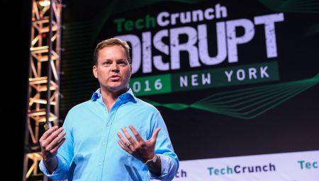 Создатель Siri провел первую публичную демонстрацию возможностей виртуального помощника нового поколения Viv