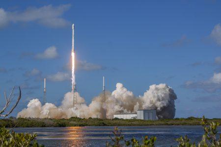 SpaceX попытается повторно запустить одну из ранее использованных ракет Falcon 9 этой осенью