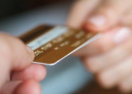 НБУ предупреждает: украинские мошенники начали использовать IVR-роботов для кражи денег с банковских карт