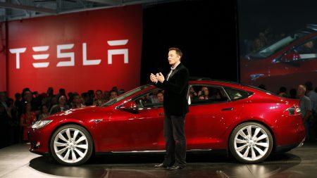 Tesla впервые попала в десятку самых дорогих автобрендов мира