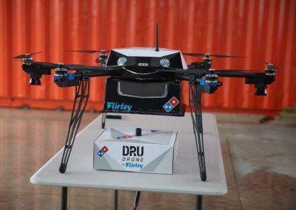 Сеть ресторанов Domino's Pizza запустила коммерческую доставку пиццы дронами DRU Drone от Flirtey в Новой Зеландии