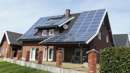SolarCity хочет оснастить «солнечными крышами» 5 млн домов