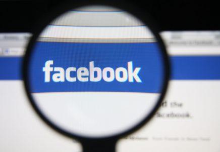 Facebook и Twitter помогут Google отсеять ложные новости