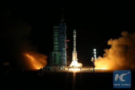 Китай успешно запустил орбитальную станцию «Тяньгун-2»