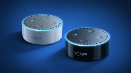 Представлено обновленное аудиоустройство Amazon Echo Dot по вдвое сниженной цене