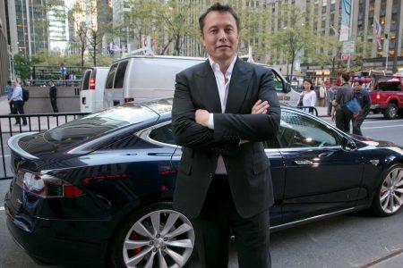 Как Илон Маск использует Tesla и SolarCity, чтобы разрушить нефтяную монополию