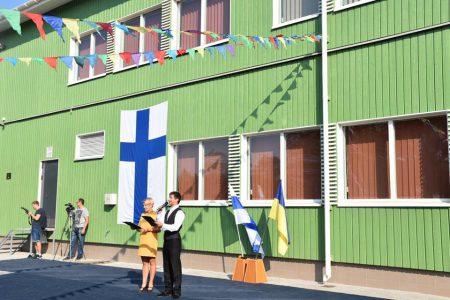 В Украине открыли первую «зеленую» школу с солнечными батареями и системой рекуперации воздуха