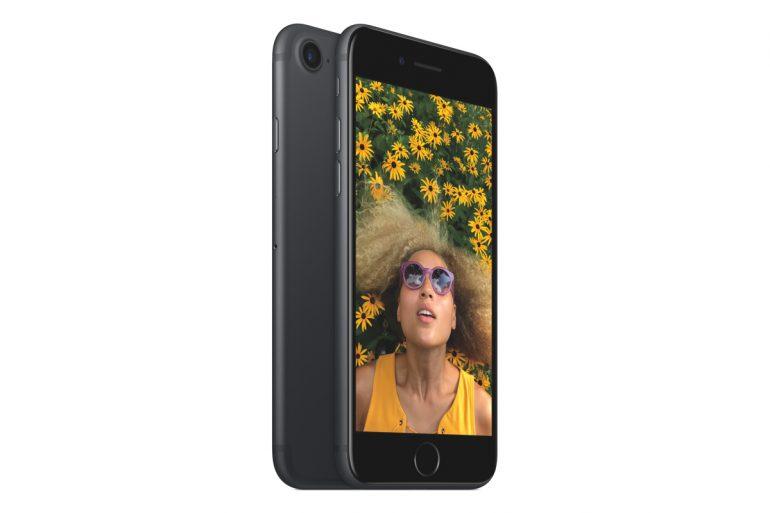 iphone7_34l_matblk_2up_pr-print