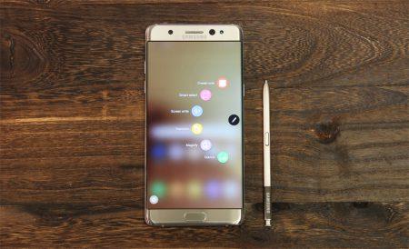 Стала известна причина, по которой возгораются аккумуляторы смартфонов Samsung Galaxy Note7