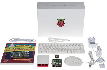 Raspberry Pi реализовала уже 10 млн микрокомпьютеров и выпустила по этому поводу набор Raspberry Pi Starter Kit