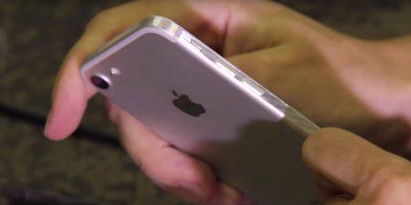 Энтузиаст использовал шлифовальный станок, чтобы доработать дизайн смартфона iPhone 7 [Видео]