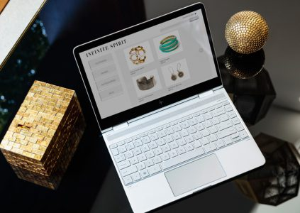 HP анонсировала обновлённые ноутбуки Spectre x360 и Envy 13, а также моноблок и монитор HP Envy