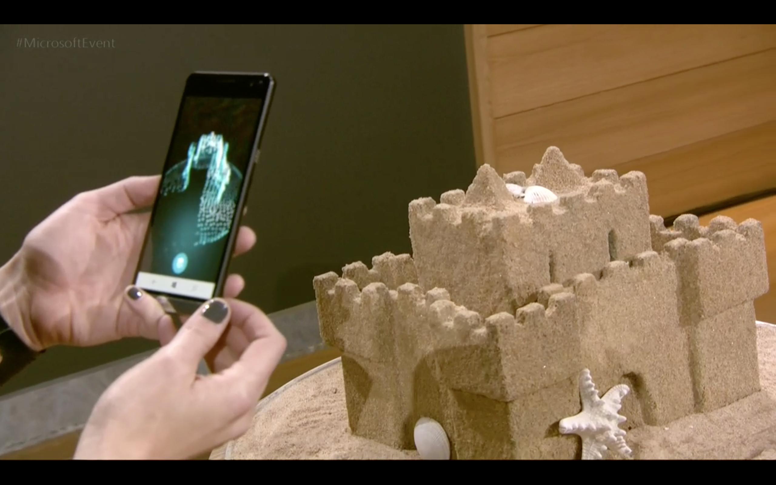 Очки виртуальной реальности Microsoft будут вдвое дешевле Oculus Rift