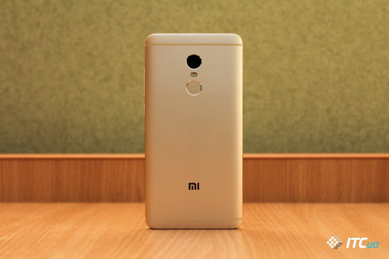 http://itc.ua/wp-content/uploads/2016/10/Xiaomi-Redmi-Note-4-5-of-18-770x513.jpg