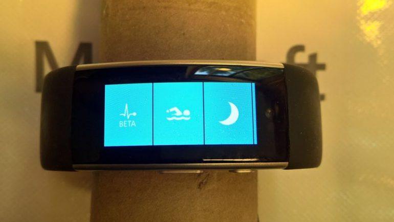 Появились изображения отмененного смарт-браслета Microsoft Band 3