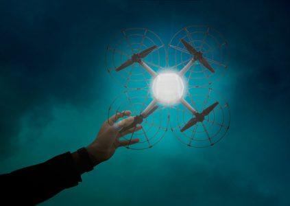 Intel создала дрон Shooting Star и систему управления дронами для проведения массовых световых шоу