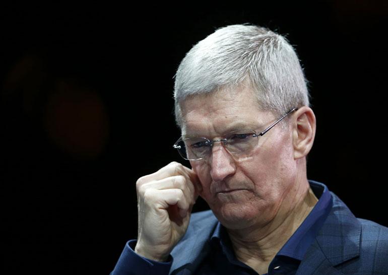 Руководитель Apple призвал служащих компании объединиться после выборов президента США