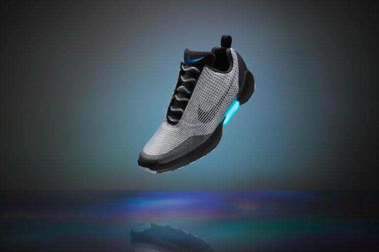 Кроссовки с автоматической шнуровкой Nike HyperAdapt 1.0 оказались ... 89e5f60fabfc2