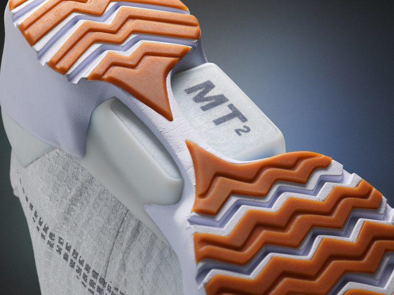 Стала известна цена накроссовки савтоматической шнуровкой Nike HyperAdapt 1.0
