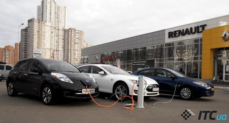 МВД: В Украине уже зарегистрировано 1630 электромобилей, из которых 65% новых и только 35% бывших в употреблении