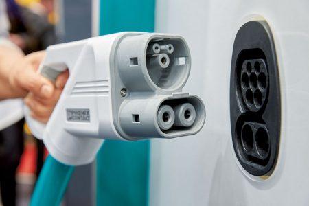 Автоконцерны Volkswagen, BMW, Daimler и Ford создадут в Европе совместную сеть из нескольких тысяч быстрых зарядных станций на 350 кВт для электромобилей