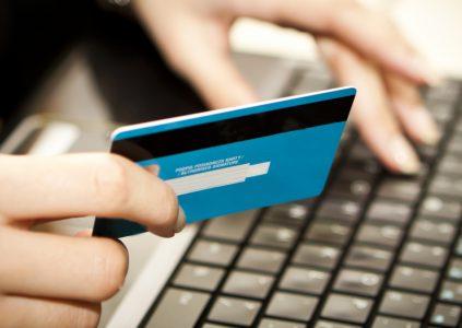 GFK Ukraine: 78,5% держателей платежных карт в Украине используют их для безналичных расчетов и только 3,7% — исключительно для снятия наличных