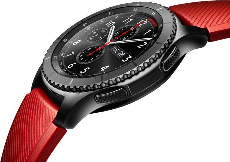Продажи умных часов Samsung Gear S3 стартовали 18 ноября