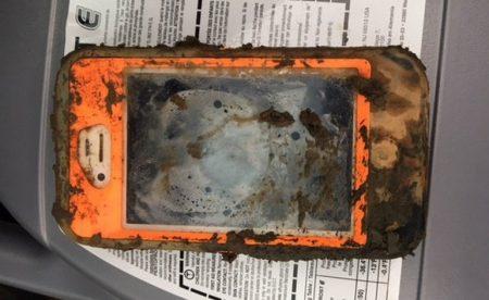 Смартфон iPhone 4 провел несколько месяцев на дне ледяного озера и продолжает работать как ни в чем не бывало