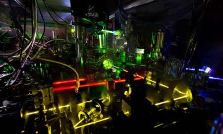 Физики NIST создали «двойные» атомные часы, которые являются самыми точными и стабильными на сегодняшний день
