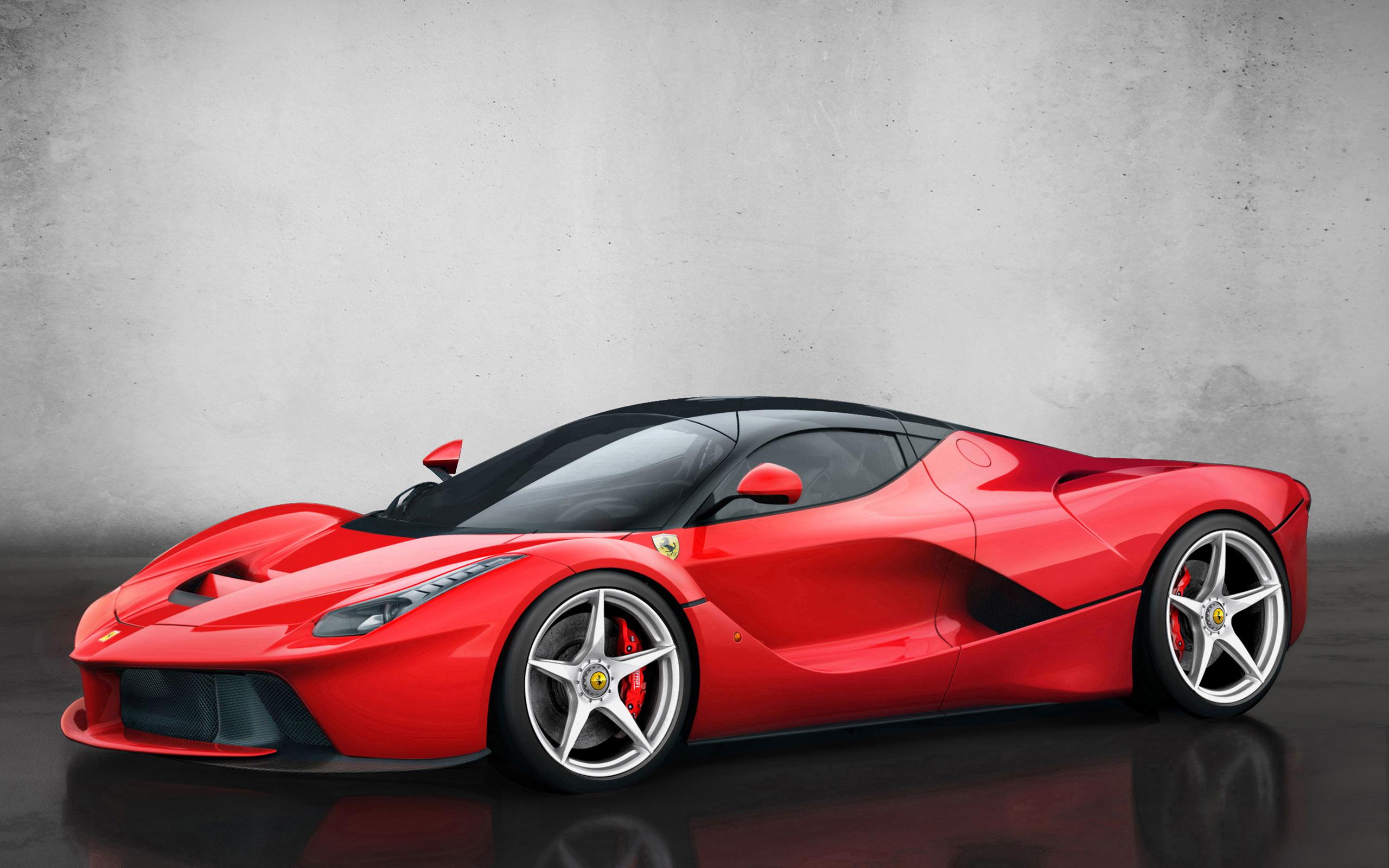 Автомобиль LaFerrari стал самой дорогой машиной 21 века
