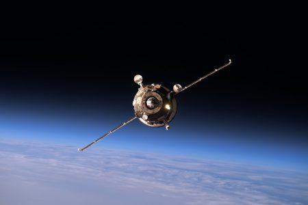 «Роскосмос» потерял «Прогресс»: грузовой корабль разрушился в небе над Тывой