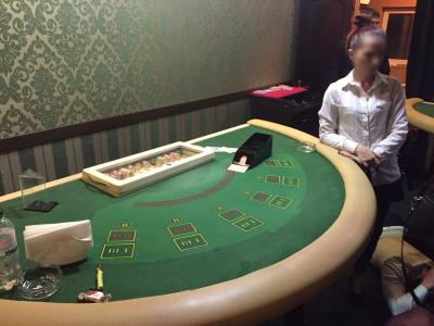 Киберполиция прикрыла онлайн-казино вместе с прикрепленным к нему игорным VIP-залом, где только за один вход брали $1000