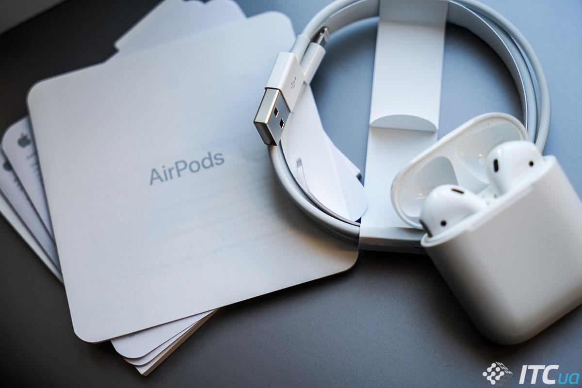 Наушники действительно очень похожи на стандартные EarPods 38da4a7888fd4