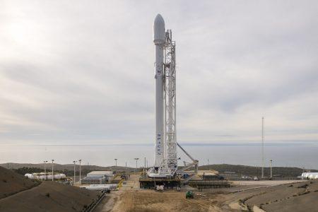 Первый после осеннего взрыва запуск ракеты SpaceX Falcon 9 перенесли на 14 января из-за плохой погоды