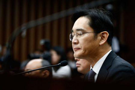 Суд Южной Кореи отказался арестовывать главу Samsung Group, подозреваемого во взяточничестве