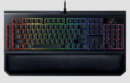 Новая игровая механическая клавиатура Razer BlackWidow Chroma V2 получила слегка обновленный дизайн, съемную опору для кистей рук и переключатели Razer Yellow