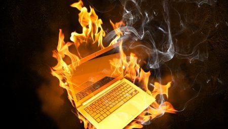 HP отзывает еще 101 тыс. аккумуляторов для ноутбуков из-за риска возгорания