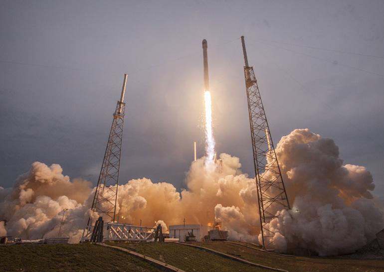 Уракеты Falcon 9 найден дефект влопастях турбины