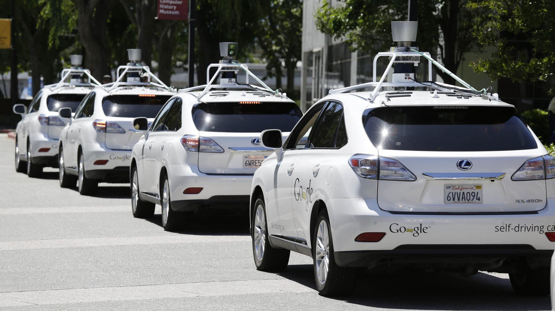 Создатели беспилотных авто увольнялись изGoogle из-за очень высоких зарплат