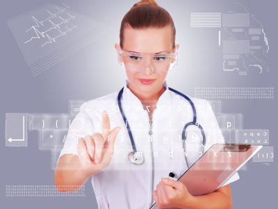 Виталий Кличко пообещал запустить сервис онлайн-записи к врачам во всех районах Киева