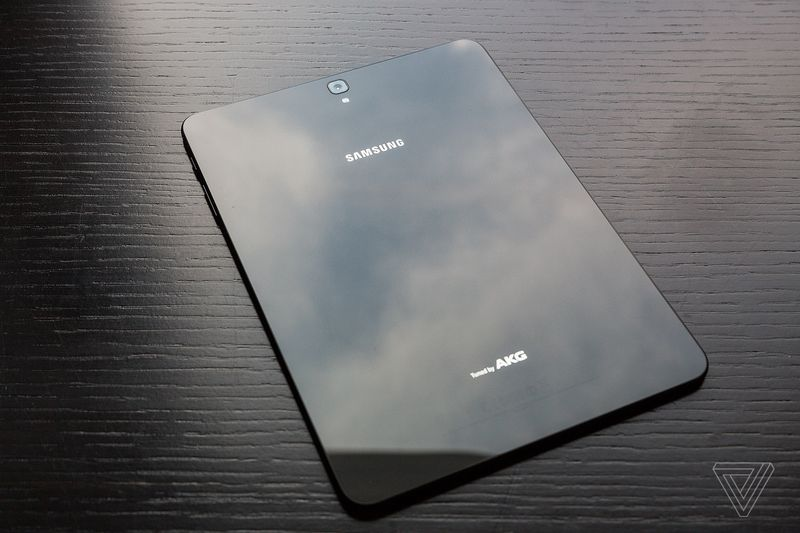 Рассекречены характеристики Самсунг Galaxy S8 Plus