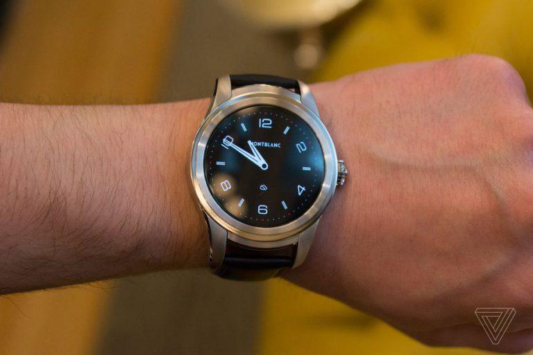 Производитель дорогих аксессуаров Montblanc представил свои первые умные часы Summit с Android Wear 2.0